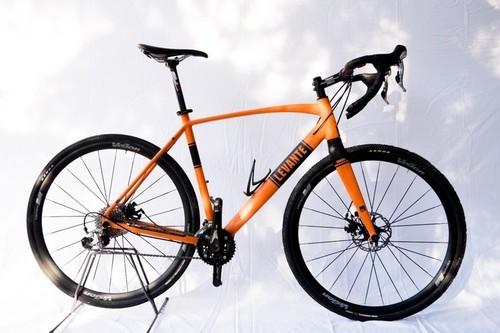 Location vélo BKL Levante Gravel à Peschiera del Garda