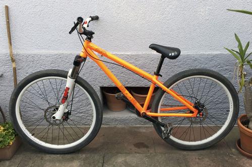 Commencal Absolut CrMo bike rental in Nuernberg