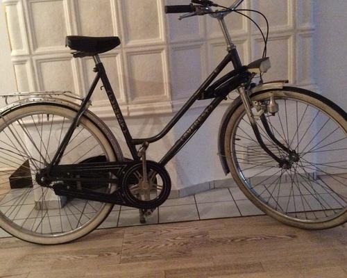 EVEREST Everest Damenfahrrad bike rental in Offenbach