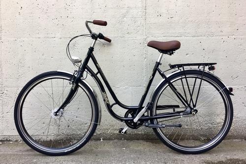 Alquiler de bicicletas BBF Vaasa Damenhollandrad en München
