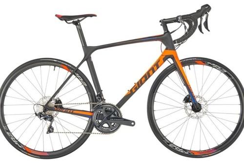 Alquiler de bicicletas Giant TCR Advanced disc en Vilafranca de Bonany