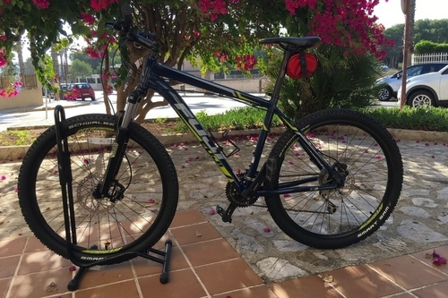 Alquiler de bicicletas Fuji Nevada en Can Picafort