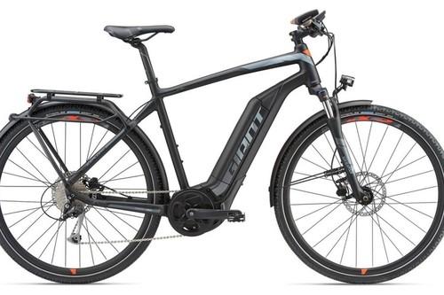 Location vélo GIANT EXPLORER E+ 2 GTS à Santambrogio di Valpolicella