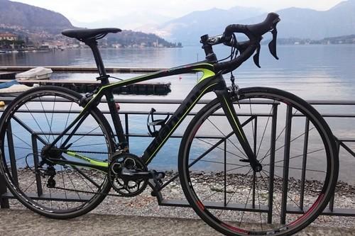 Alquiler de bicicletas Bianchi INFINITO CV en Lenno (Como)
