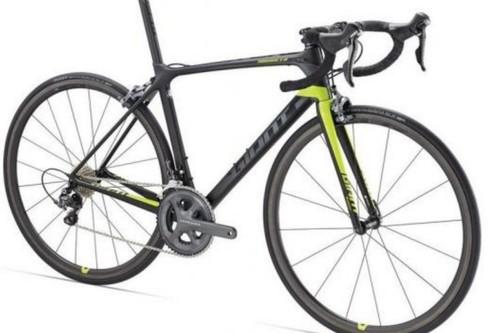 Alquiler de bicicletas Giant TCR Advanced +di2 en Vilafranca de Bonany
