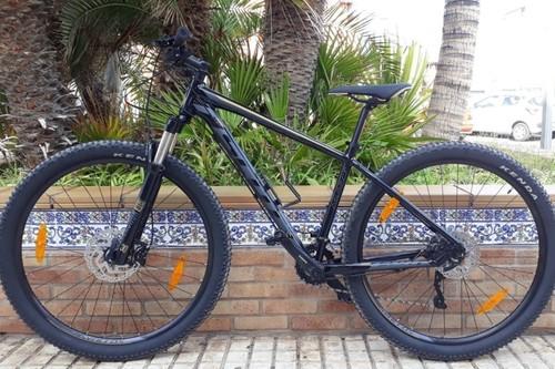 Scott Aspect 750 bike rental in Arona, Playa las Americas, Tenerife
