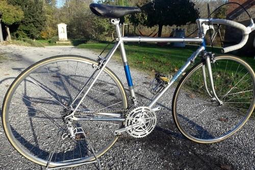 Alquiler de bicicletas FRANCESCHI Franceschi 70 I M en Orentano-Pisa
