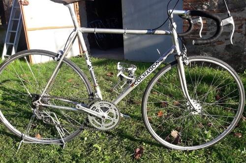 Alquiler de bicicletas COLNAGO Super 70 I L en Orentano-Pisa