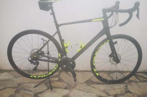 Alquiler de bicicletas Cube Attain GTC, Disc en Coín