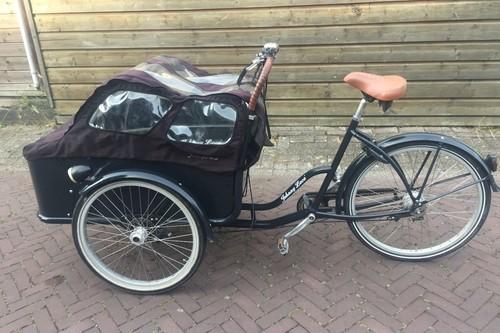 Johnny Loco Bakfiets Cargo long bike rental in Bussum
