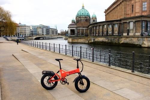 MATE Model X - 750w bike rental in Hamburg