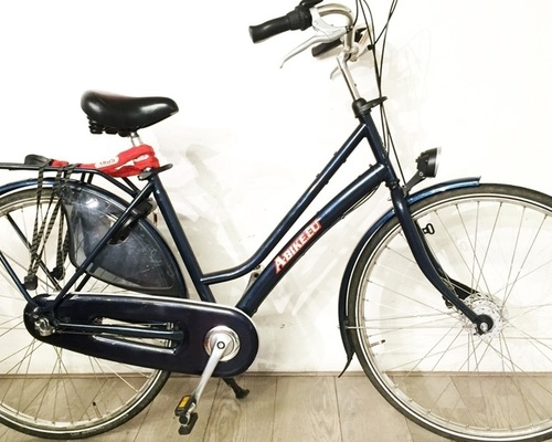 Gazelle City Bike with 3 Gears bike rental in Amsterdam