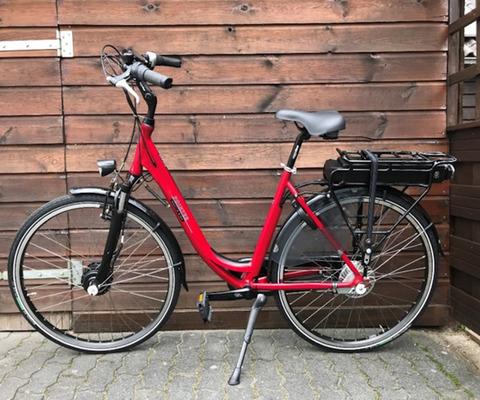 Cityline Pointer E-bike Noflike ride bike rental in Giethoorn