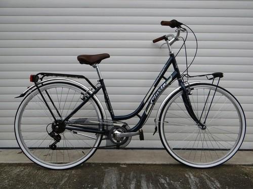 Cinzia Beauty Vintage bike rental in Toulouse