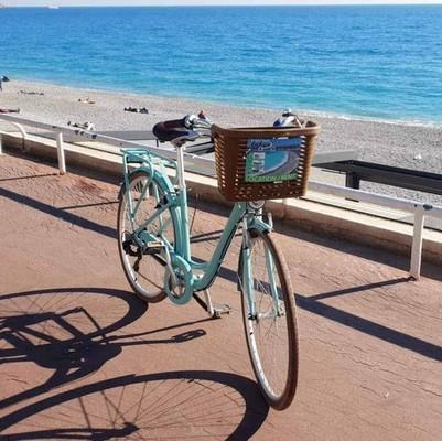 Arcade Charleston AN bike rental in Antibes