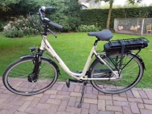 E-bike Touring bike rental in Maarssen