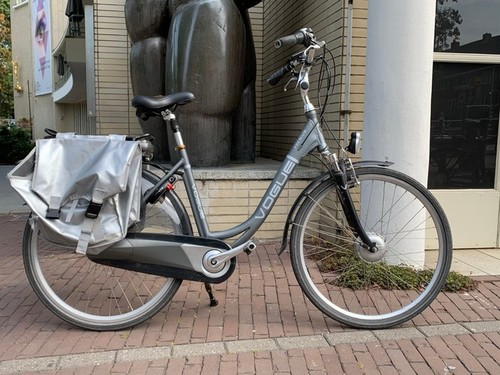 Vogue Infinity MDS E-Bike bike rental in Utrecht