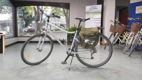 Alquiler de bicicletas BTWIN Riverside en Gasteiz, Araba,