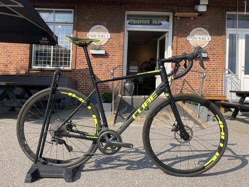 Alquiler de bicicletas Cube Attain en Klampenborg