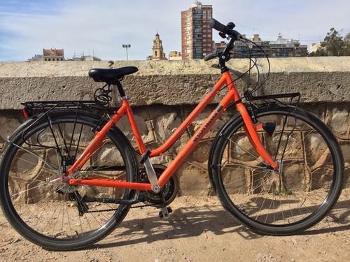 Alquiler de bicicletas Bianchi SPILLO RUBINO DELUXE  en Valencia