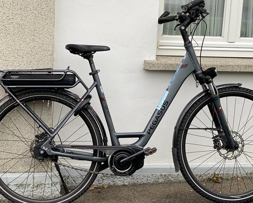 Pegasus Opero E8F Di2 bike rental in Dusslingen