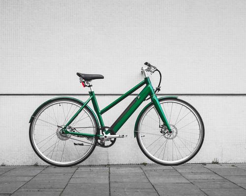 Friday Bikes Simply Pine Green  bike rental in Leipzig