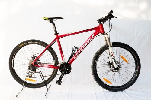 Cannondale Trail 26 bike rental in Peschiera del Garda