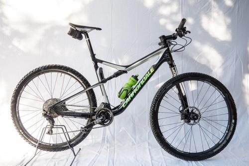 Location vélo Cannondale Scalpel 29 à Peschiera del Garda