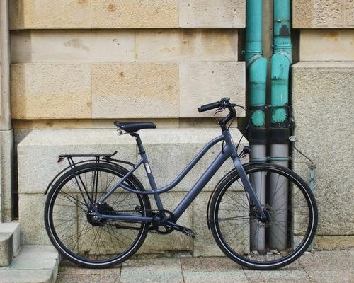 BZEN Amsterdam bike rental in Stuttgart