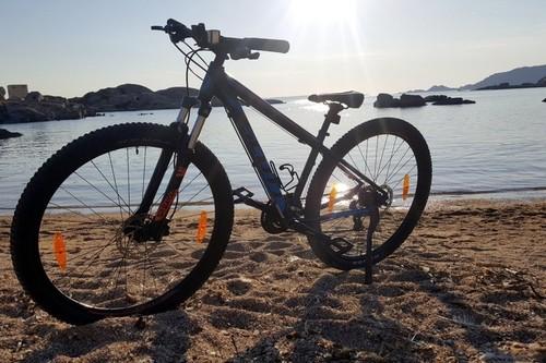 Scott Aspect bike rental in La Maddalena