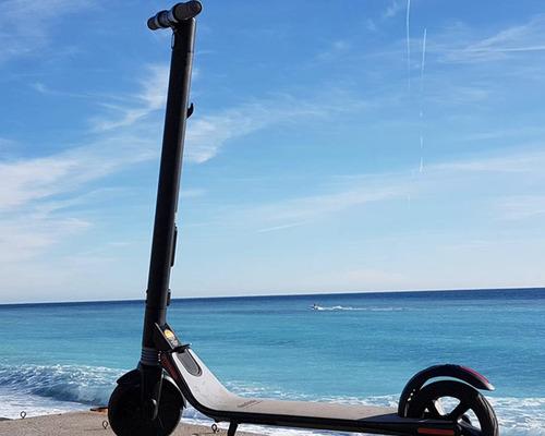 Alquiler de bicicletas NINEBOT Category A en Nice