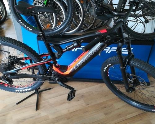 LAPIERRE -- bike rental in Castelnaud-la-Chapelle