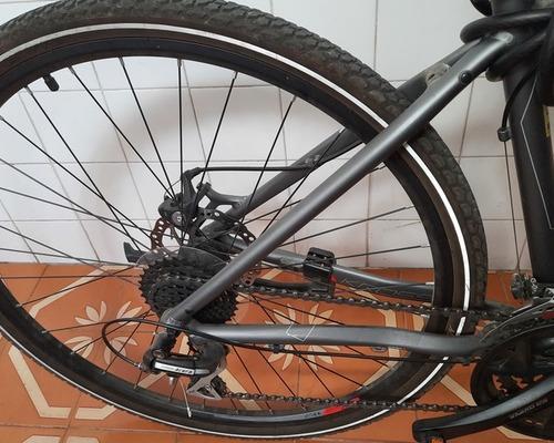 kross  evado 4.0 bike rental in Sevilla