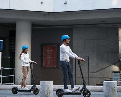 Ninebot Category B bike rental in Nice