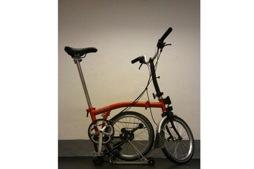 Alquiler de bicicletas Brompton M3R en Amsterdam