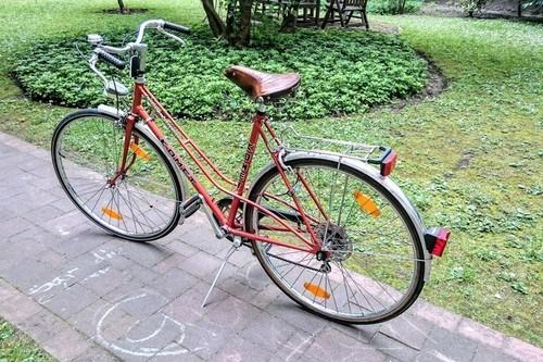 Komet Get the DDR-Feeling! bike rental in Berlin