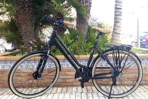 Alquiler de bicicletas Scott Urban en Arona, Playa las Americas, Tenerife