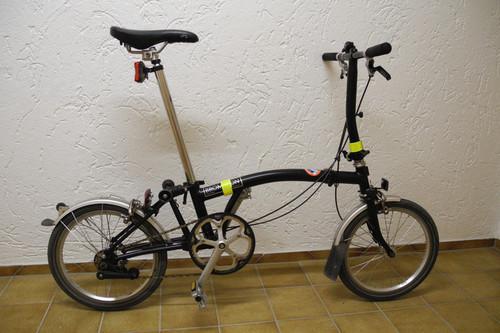 Brompton S2L bike rental in Kolbermoor
